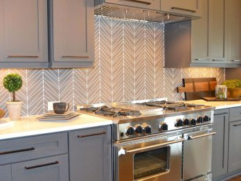 custom-glass-backsplash