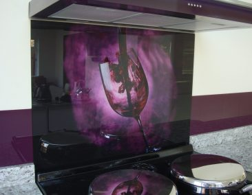 bold-kitchen-splashback